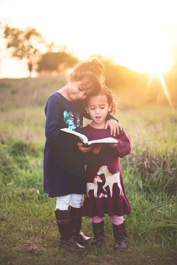 help children develop a love of reading