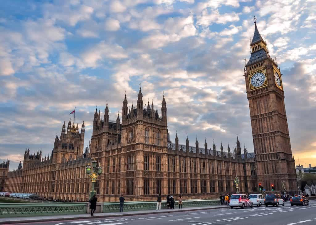 London facts for kids about the houses of parliament