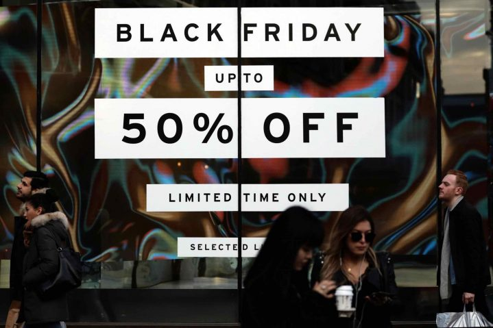 While Black Friday is officially celebrated on November 29th this year, many shops try to get a step ahead of their competition by offering deals now.