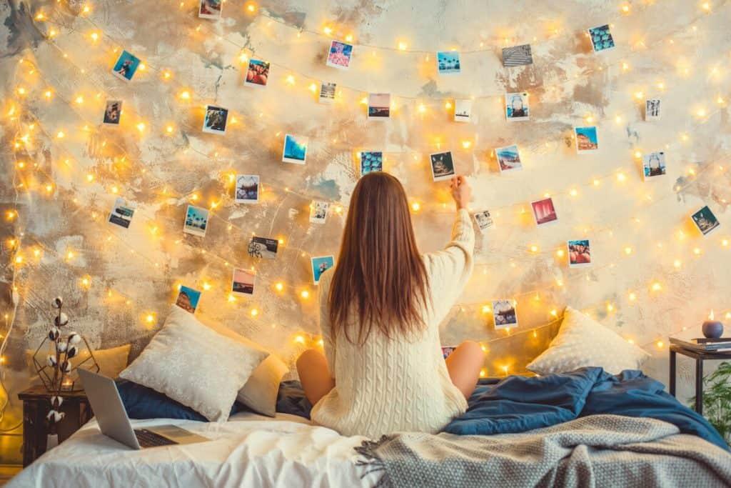 photo wall teen girl bedroom ideas